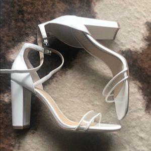 Jewel by Badgley Mishcka Shoes